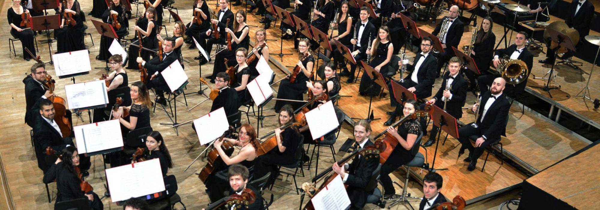 orkiestra-40-1600x1251